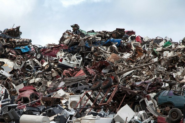 scrapyard-70908_1280